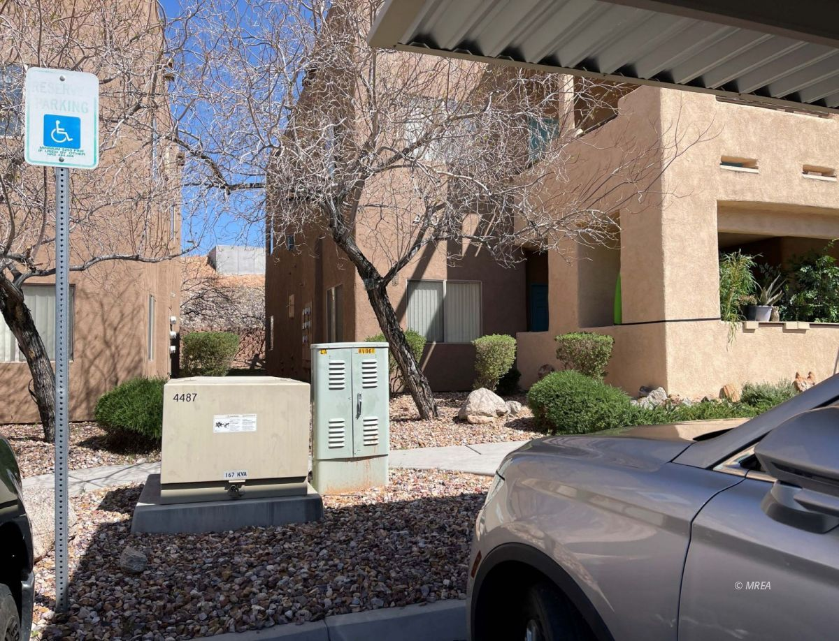 470 Turtle Back Rd #8A, Mesquite NV 89027