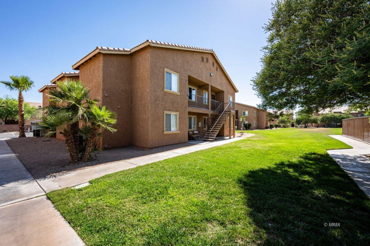 280 Riverside Dr #Bldg 4, Mesquite NV 89027