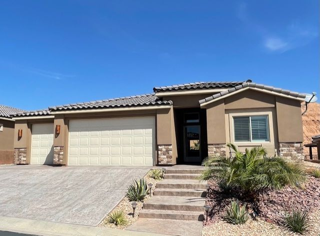 655 Beech Wood , Mesquite NV 89027